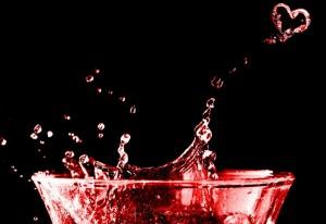 満月のグラスで恋の願いが叶う、障害がなくなるおまじない