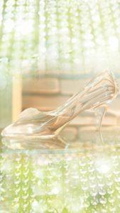 ガラスの靴の待ち受け、ラインの背景画像で連絡が来る、恋の願いが叶う