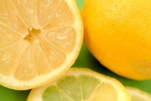 yellow-763834_640レモンの復縁のおまじない、時を巻き戻す、彼に楽しかった時を思い出させる復縁のおまじない、彼からよりを戻させるおまじない