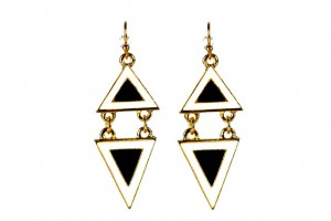 earrings-852901_640