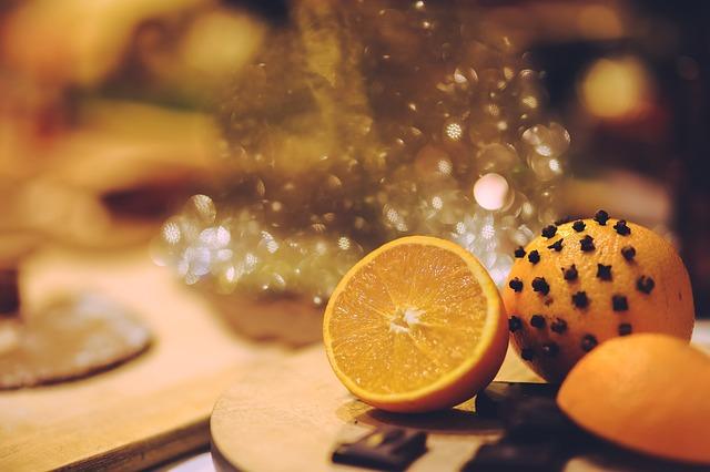 クリスマスのおまじない:幸運を呼ぶオレンジポマンダー
