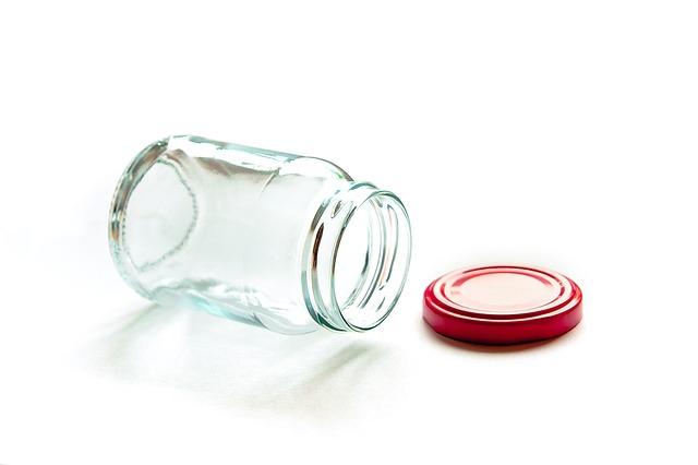 カップルを離れさせる別れのボトルのおまじない