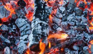 丁(ひのと・陰の火)の人の特徴